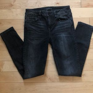 Level 99 Anthropologie Skinny Jeans Size 29